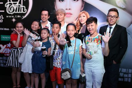Trang Phap cung ca si Han Quoc ket hop san pham bom tan - Anh 8