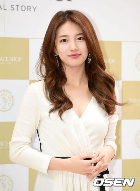 Suzy deo nhan ngon ap ut, ro tin Lee Min Ho cau hon - Anh 2
