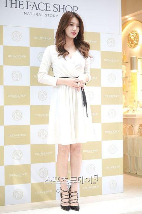 Suzy deo nhan ngon ap ut, ro tin Lee Min Ho cau hon - Anh 3