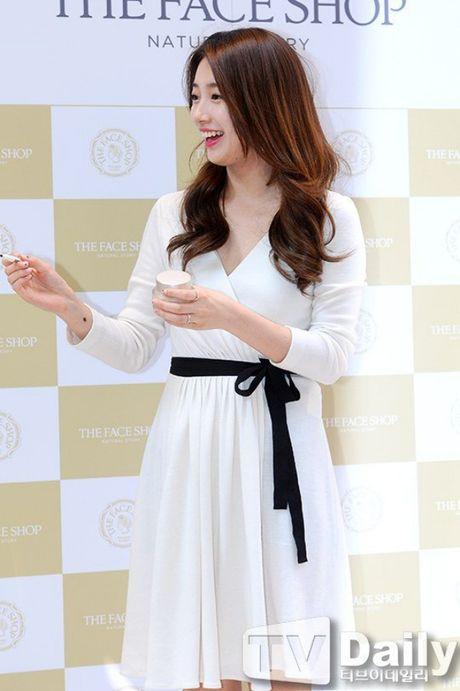 Suzy deo nhan ngon ap ut, ro tin Lee Min Ho cau hon - Anh 4