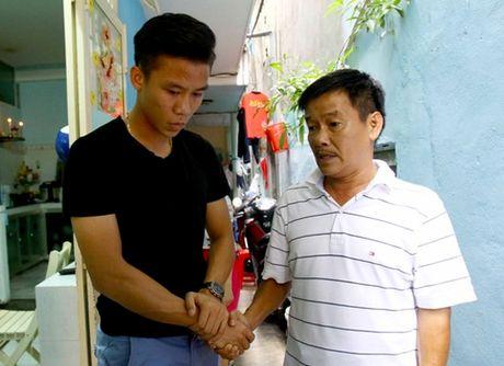 Ngoc Hai san sang vay tien chua chan thuong cho Anh Khoa - Anh 2