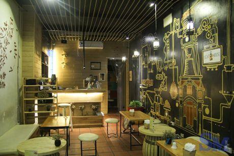 Lighthouse Coffee: khong gian am cung tren pho Quan Su - Anh 1
