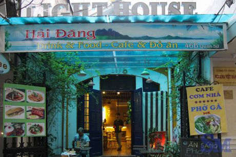 Lighthouse Coffee: khong gian am cung tren pho Quan Su - Anh 2