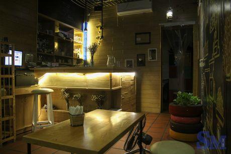 Lighthouse Coffee: khong gian am cung tren pho Quan Su - Anh 5