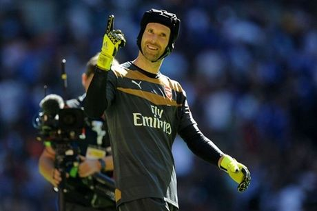 Mourinho noi gi khi Cech tro lai Stamford Bridge - Anh 1