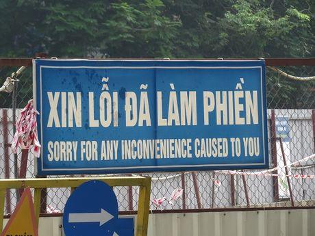 """""""Nhuong"""" duong cho du an duong sat: Duong Xuan Thuy – Cau Giay tac nghen nghiem trong - Anh 23"""