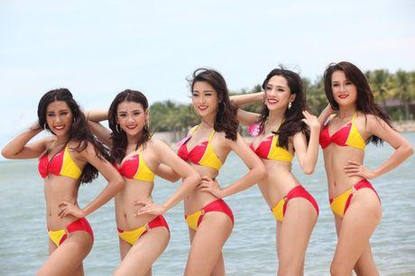 Bikini Vietjet nong bong tai xuat cung Hoa Hau Hoan Vu Viet Nam - Anh 2