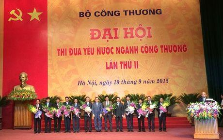 Nganh Cong thuong: Hon 100.000 sang kien lam loi hon 20.000 ty dong - Anh 2