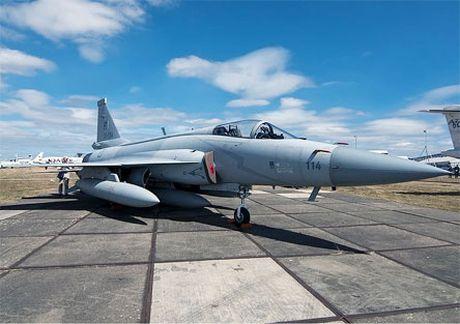Pakistan dam phan mua may bay Su-35 cua Nga - Anh 2