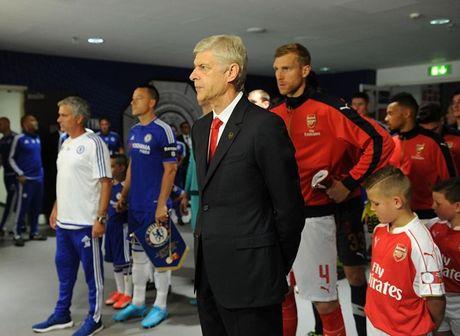 Derby London: Van may cho Wenger va noi so hai cho Mourinho - Anh 3