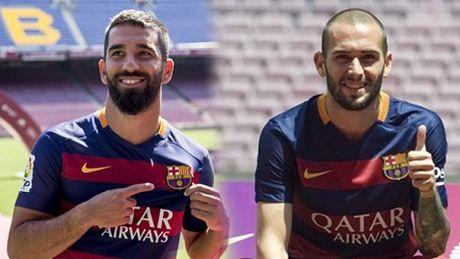 Barca co the dang ki Aleix Vidal hoac Arda Turan - Anh 2