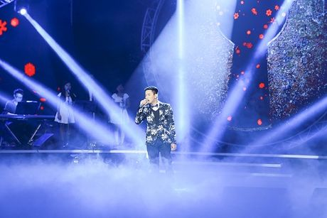 "Hoai Lam ""tang"" Vi Thuy Linh mot giac mo khong ngu - Anh 1"