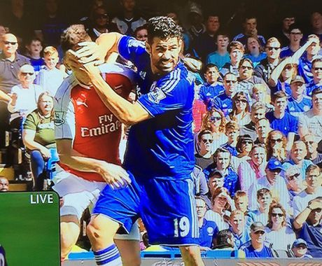 Chelsea 2–0 Arsenal: Costa lam tro, Arsenal dinh 2 the do, Chelsea thang derby - Anh 2