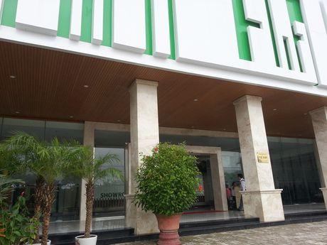 "Xuat hien showroom ""chi ban cho khach Trung Quoc, cam cua khach Viet"" o Da Nang - Anh 1"