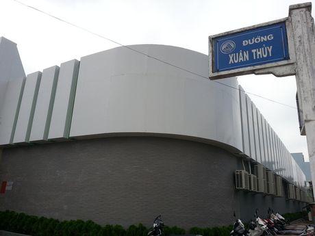 "Xuat hien showroom ""chi ban cho khach Trung Quoc, cam cua khach Viet"" o Da Nang - Anh 2"