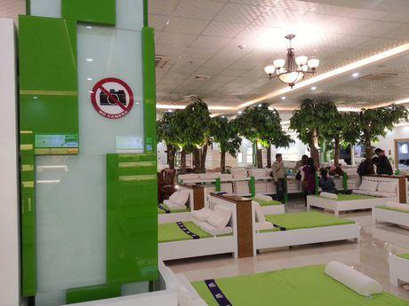 "Xuat hien showroom ""chi ban cho khach Trung Quoc, cam cua khach Viet"" o Da Nang - Anh 7"