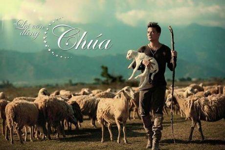 Noel 2015: Mung Giang sinh 'dam chat' Dam Vinh Hung - Anh 6