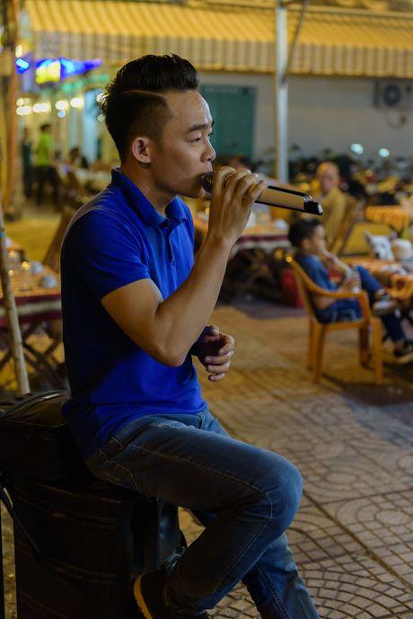 Chang trai keo keo muu sinh vat va ngay Tet - Anh 8