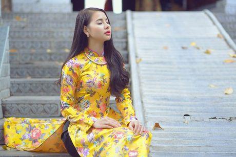 Thieu nu Nam Dinh rang ro khoe sac xuan thi - Anh 2