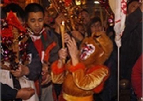 Cuu Thu tuong Thai xinh dep hop bao khoe rau tu trong - Anh 9