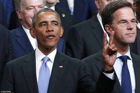 Obama tao dang 'xi-tin' trong hoi nghi hat nhan the gioi - Anh 4