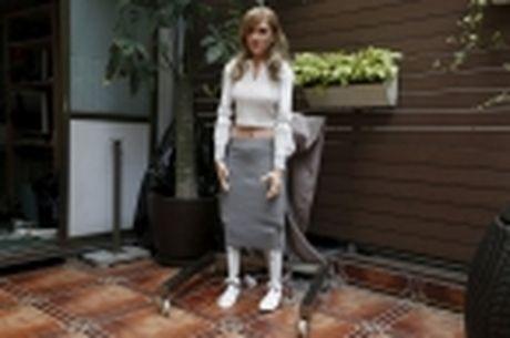 Nha thiet ke Hong Kong che tao robot co hinh dang giong nu dien vien Scarlett Johansson - Anh 6