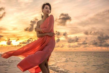 Ho Hanh Nhi quyen ru kho cuong trong loat anh trang mat - Anh 5