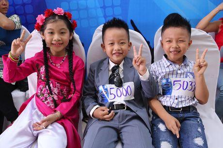 """Vietnam Idol Kids 2016: Thi sinh nhi doi dap voi BGK rat """"chat"""" va dang yeu - Anh 18"""
