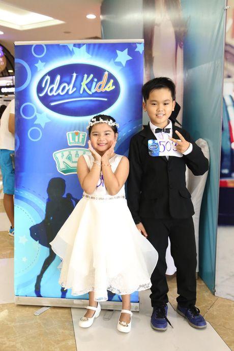 """Vietnam Idol Kids 2016: Thi sinh nhi doi dap voi BGK rat """"chat"""" va dang yeu - Anh 32"""
