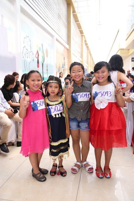 """Vietnam Idol Kids 2016: Thi sinh nhi doi dap voi BGK rat """"chat"""" va dang yeu - Anh 40"""