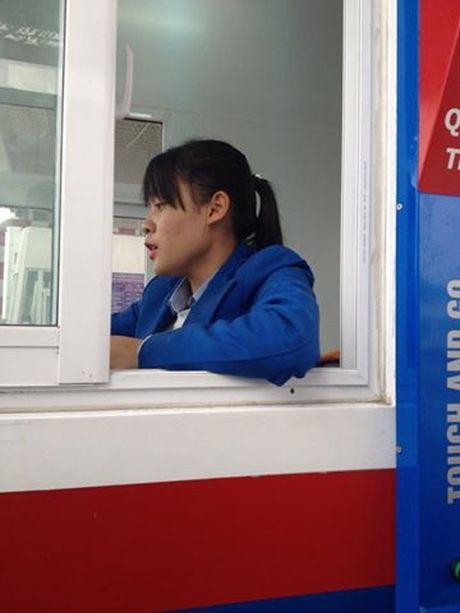 Tai xe buc xuc vi phi cao toc Ha Noi – Hai Phong tang cao bat thuong - Anh 1