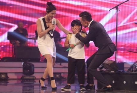 Got Talent: Tran Thanh 'ban loan' vi cau be danh trong Trong Nhan - Anh 1