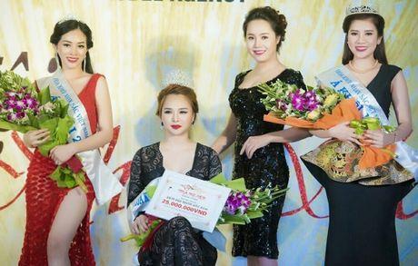 Ngam ve dep 'van nguoi me' cua A khoi Nhan sac 2016 Mai Thanh Ha - Anh 4