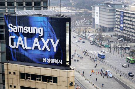 Samsung cat giam ngan sach R&D, tang muc tuyen dung - Anh 1