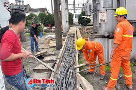 Cai tao, nang cong suat Tram bien ap 110 kV Thach Linh - Anh 2