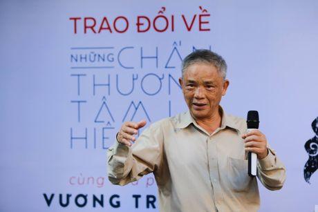 Nha phe binh van hoc Vuong Tri Nhan: Tram su chi vi chu 'voi'! - Anh 1
