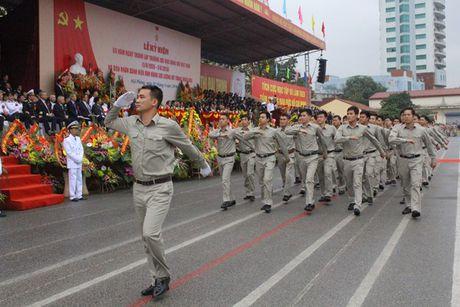 Truong DH Hang Hai Viet Nam don nhan danh hieu Anh hung luc luong vu trang nhan dan - Anh 5