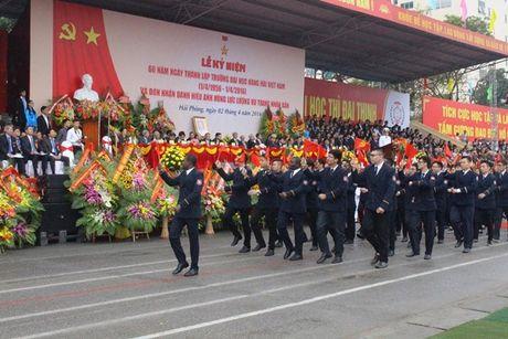 Truong DH Hang Hai Viet Nam don nhan danh hieu Anh hung luc luong vu trang nhan dan - Anh 6