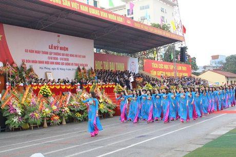 Truong DH Hang Hai Viet Nam don nhan danh hieu Anh hung luc luong vu trang nhan dan - Anh 7