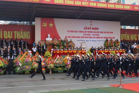 Truong DH Hang Hai Viet Nam don nhan danh hieu Anh hung luc luong vu trang nhan dan - Anh 9