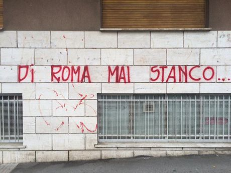 GOC ANH NGOC: Derby thu do trong nhung trai tim Lazio - Anh 5