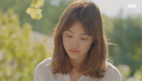 """Hau due mat troi"": Song Joong Ki dot ngot tro ve sau tin tu tran - Anh 12"