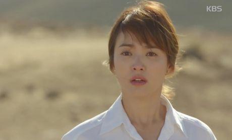"""Hau due mat troi"": Song Joong Ki dot ngot tro ve sau tin tu tran - Anh 13"