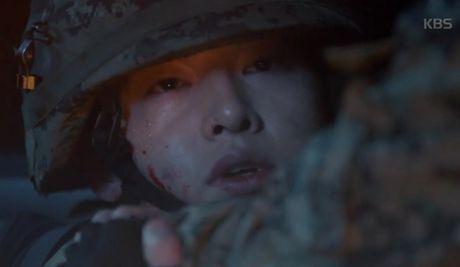 """Hau due mat troi"": Song Joong Ki dot ngot tro ve sau tin tu tran - Anh 1"