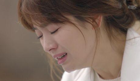 """Hau due mat troi"": Song Joong Ki dot ngot tro ve sau tin tu tran - Anh 2"