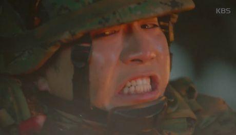 """Hau due mat troi"": Song Joong Ki dot ngot tro ve sau tin tu tran - Anh 7"