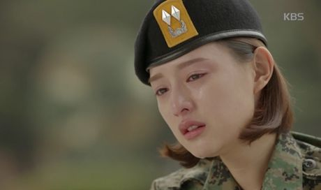 """Hau due mat troi"": Song Joong Ki dot ngot tro ve sau tin tu tran - Anh 9"