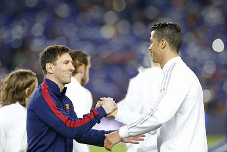 10 ky luc vo tien khoang hau cua Ronaldo tai Champions League - Anh 2