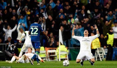 Dem lich su cua Ronaldo - Anh 1