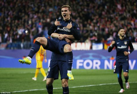 "Atletico Madrid 2-0 Barcelona: ""Loi nguyen"" Champions League! - Anh 1"
